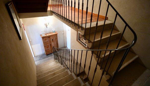 Escalier-Chambres-La-Tulipe-Sauvage